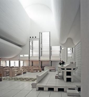 Bagsværd kirke af Jørn Utzon, Danmark